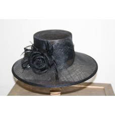 Hats black  with flower en feathers